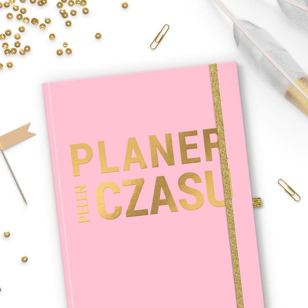 Planer pudrowy róż ze złotym napisem do bulletjournal