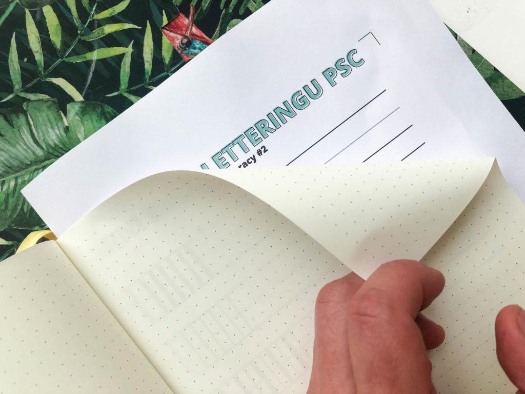 Jak pięknie pisać w bullet journalu – minikurs letteringu