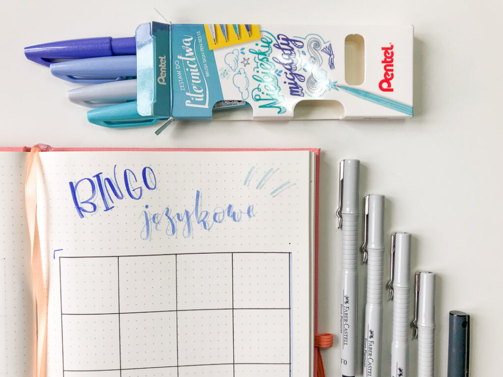 Bingo językowe - rysowanie rozkładówki w planerze.